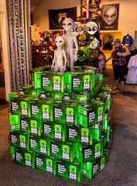Bud Light Alien Aliens Drink For Free But Humans Can Buy Alien Themed Bud