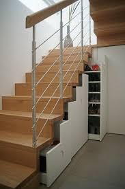 Dies bedeutet für sie, dass sie mehrere mülleimer installieren müssen. Treppen Mit Unterbau Fur Zusatzlichen Stauraum Und Platz