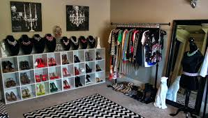 turn bedroom into walk in closet turn spare bedroom into giant walk in closet unique ideas