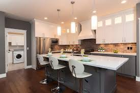two tone kitchen cabinets fad color