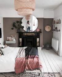 to decorate a bedroom with brown walls