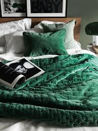 green velvet bedding and soft green walls linum aw 15 photo jonas ingerstedt