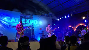 The Kastle - ชีวิตเธอดีอยู่แล้ว [Live in CAT EXPO 6] - YouTube