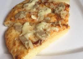 Pizza, makanan asal italia yang menjadi favorit semua orang di seluruh dunia. Resep Praktis Pizza Empuk Yummy