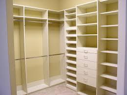 building bedroom closet shelves