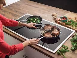 Đánh giá bếp điện từ Ferroli tốt không, giá bao nhiêu, cách sử dụng