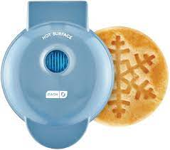 Amazon.com: Dash Snowflake Waffle Maker BLUE: Kitchen & Dining