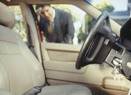 Image Tow Truck Car Lockouts And Locksmith Arizona Locksmith What To Do When Locked Out Of Your Car In Phoenix sep