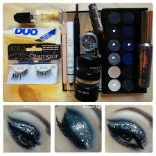 Необходимая косметика для вечернего темно-синего макияжа ...