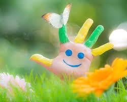 Bobosfera.pl - Akademia Bystrzaka - Mądre zabawy dla dzieci w plenerze – poznajemy świat owadów