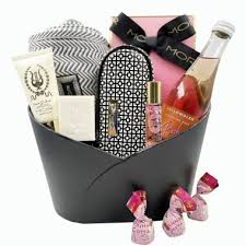 International gift delivery in 200 countries made easy. Friendship Gifts Gift For A Friend Gift Basket Australia