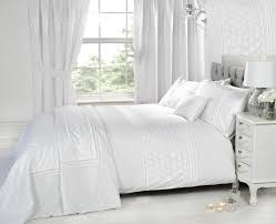 ultra soft material is used in making of our duvet covers they are finely stitched and their finishing is carefully done their fine quality and stitching