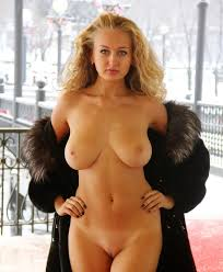 Busty Sexy Naughty Women Babes