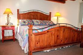 Rabbitu0027s King Bedroom