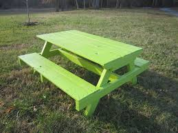 Introduction: Kid's Pallet Picnic Table