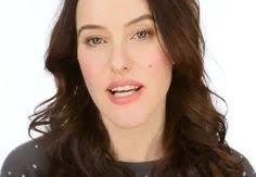 keira knightley s make up artist scores 140 000 you hits in a week with how to glow beauty tutorial for the over 50s