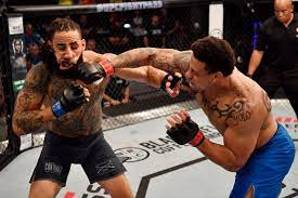 Greg Hardy lands UFC contract with ...