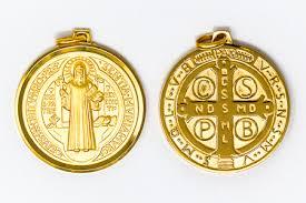 gold st benedict pendant medal 30 mm