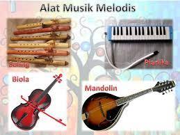 Beberapa contoh alat musik ini misalnya drum, marakas, simbol, tamborin, timpani, triangle, konga, timpani, kastanyet, rebana, tifa dan kendang. Pengertian Musik Ritmis Melodis Harmonis Dan Contohnya