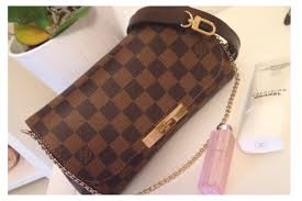 louis vuitton favorite pm. louis vuitton favorite pm v