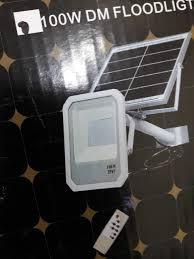 Đèn LED pha năng lượng mặt trời SOLAR FLOOD LIGHT 100W, giá chỉ 1,500,000đ!  Mua ngay kẻo hết!