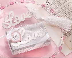 love classy wedding door gifts ideas