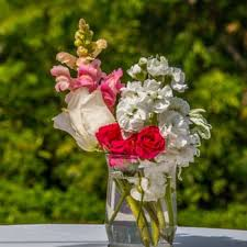photo of bouquets by bonnie encinitas ca united states belly table flowers