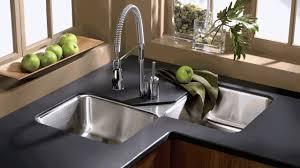 deep kitchen sinks