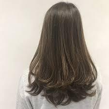 レイヤーヘアアレンジ14選ウルフマッシュカット黒髪女性 Cuty