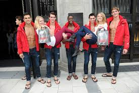 what it s really like to work at abercrombie fitch
