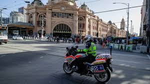 The lockdown went into place hours before the border between the state of victoria, of which melbourne is the capital, and new south wales (nsw) was due to close. Qqncq4idduhynm