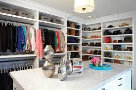 walk closet. 6 Walk-In Closets That Are The Definition Of Organization Goals Walk Closet K