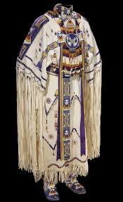 narodnaya-odejda-indeytsev-26227-large.jpg (709×1159) | Native american  dress, Native american regalia, Native american clothing