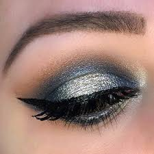 hottest eye makeup trends for 2018 glam navy halo holiday eye makeup look it s