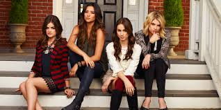 5 things you didn t know about pretty little liars even if you re on your a game huffpost