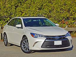 2016 Toyota Camry XLE Road Test Review | CarCostCanada