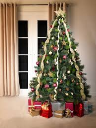Canadian Spruce Artificial Christmas Tree (Green)