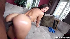 Horny brunette girl Virgo Peridot gets on fucking PornDoe