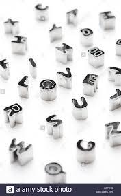 i love u e alfabeto lettere piccole frese di pasticceria su sfondo bianco immagini stock