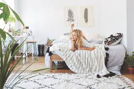 Delightful #UOonCampus Pin Off: Win A UO Room Makeover!