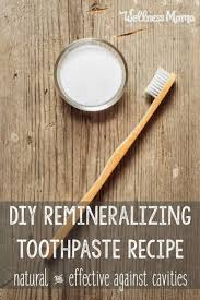 this homemade remineralizing toothpaste uses all natural and safe ings to naturally clean teeth and provide