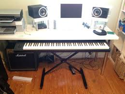 picture of sliding e piano keyboard stand for daw