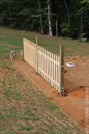 how to build a picket fence from scratch