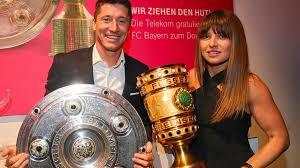 Huub stevens picture foto hd; Dfb Pokal Auslosung Fc Bayern Bvb Eintracht Frankfurt Und Co