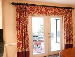 Image Sheer Properly Hung Curtains Photo And Interior Design By Lee Anne Culpepper Networx Really Good Tips For Hanging Curtains Networx