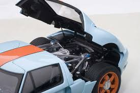 Highly detailed AUTOart diecast model car Ford GT 2004 Blue/Orange ...