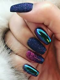 Nail Design Spa Vancouver Wa Glitter And Mirror Nail Design Metallic Nails Chrome