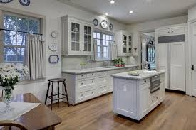 behr white paint for kitchen cabinets