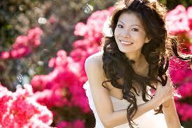 bridal makeup artist singapore professional consultant liren neo bridal makeup artist for pre wedding overseas