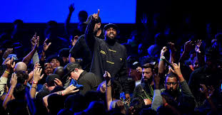 Kayne Wests Jesus Is King Hits No 1 On Top Christian